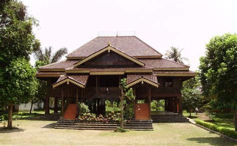 traditional house  indonesia mannaismaya adventures blog