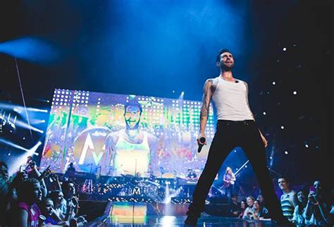 new year banquet las vegas maroon 5 to ring in 2015 with two shows at mandalay bay