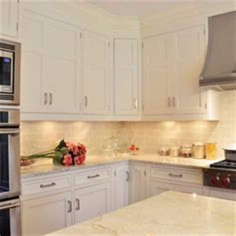 Cabinets To Go Dearborn by 1000 Ideas About Taj Mahal Quartzite On