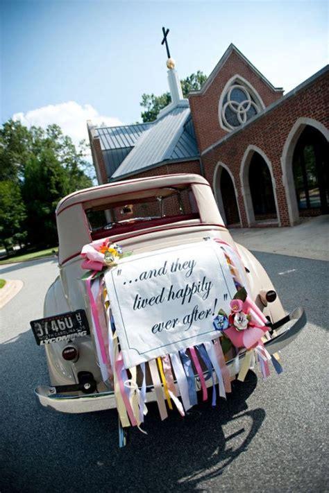 Lovely Wedding Car Decorations ? Classic Getaway Wedding