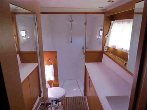 pontoon boats with bathroom pontoon bathroom 2013 america s cup backblaze company