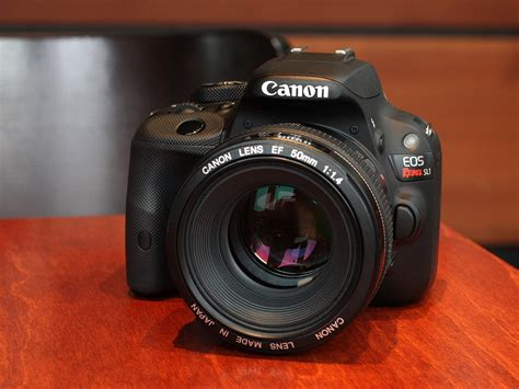canon sl1 dpreview gear of the year canon rebel sl1 eos 100d