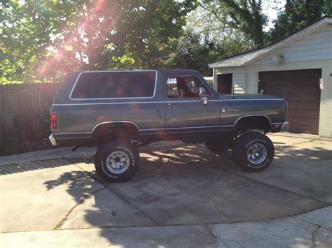dodge ramcharger 1983 dodge ramcharger 4x4 318 v8 manual for sale in