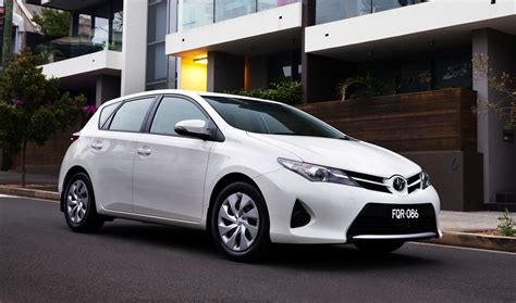 price toyota 2013 toyota corolla pricing and specifications photos