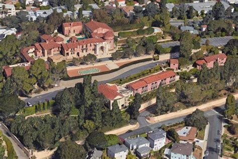 katy perry house katy perry sets up house in 18m former roman catholic convent in la after judge s