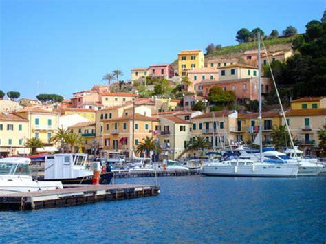 porto azzurro marina porto azzurro isola d elba li turismo e ormeggi