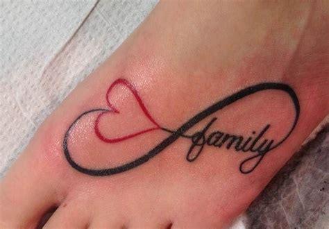 infinity heart tattoo behind ear infinito coraz 243 n y frase family tatuajes para mujeres