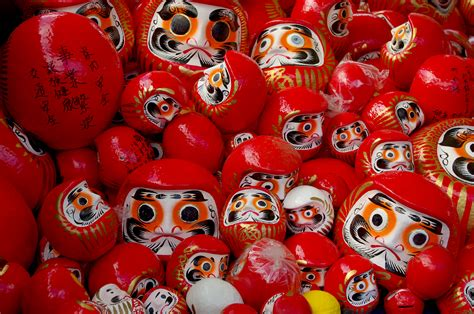 file daruma doll sai2011 jpg wikimedia commons