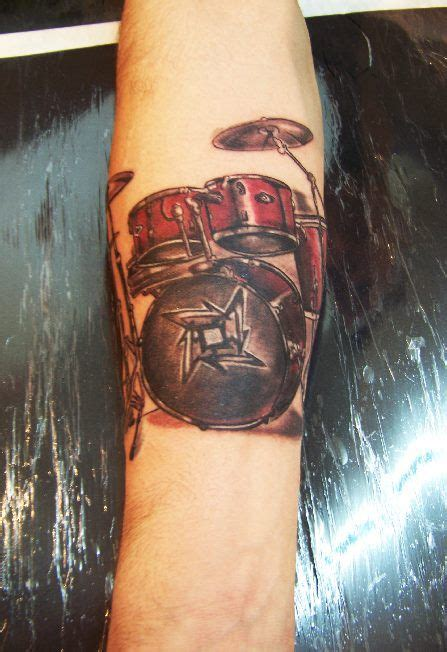 drummer tattoos best 25 drum ideas on drummer