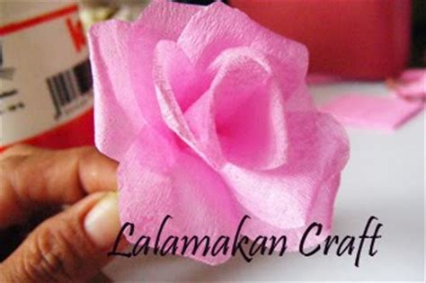 tutorial bunga ros kertas crepe creativity tutorial tutorial membuat bunga rose dari