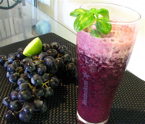 membuat jus anggur  kesehatan jantung health