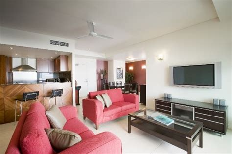 cairns 3 bedroom apartments cairns 6 night tropical explorer holiday package deal