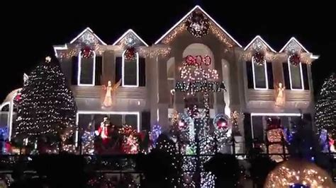 university of kentucky christmas lights the big white christmas house on chinoe road youtube