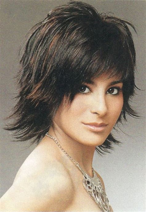 what does short choppy layers look like in medium length hair the not too short and not too long hairstyle here we