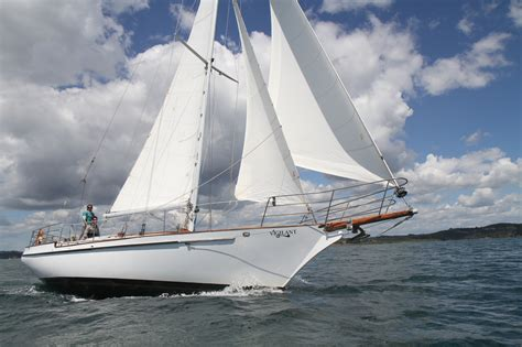 sailing boat hire new zealand vigilant charter boat bay of islands 42ft sail boat