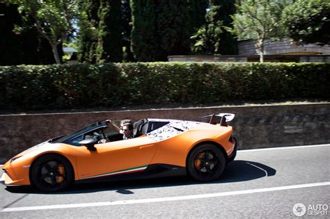 Version Of Lamborghini Spyder Version Of The Lamborghini Huracan Performante To