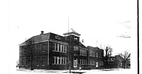 Sumner Post Office by Lore St Francisville High School 1932
