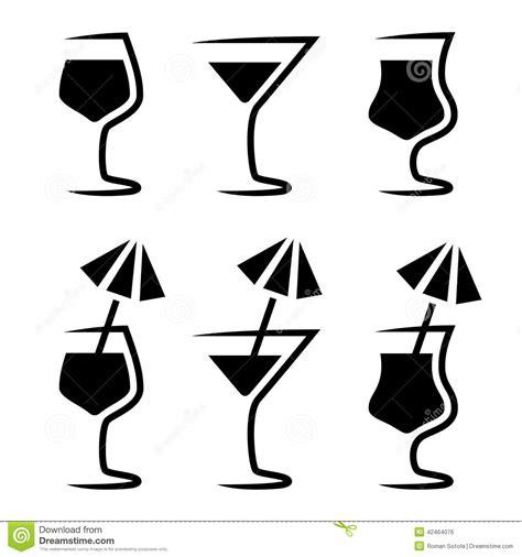 tropical cocktail silhouette silhouette en verre de cocktail avec le parasol