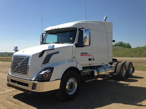 volvo white vnx  fn  truck stop service