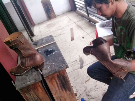 Sepatu Boots Tegep kegiatan maliki qalbun salim 15 november 2013 maliki ke bengkel oom tegep