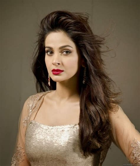 ready film actress name actress saba qamar hd wallpapers 9 hd wallpapers