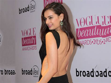 evelyn sharma new movie evelyn sharma latest hd images and new wallpapers
