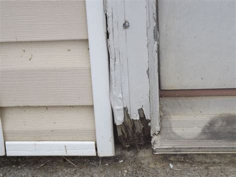 Garage Door Frame Repair 17 Best Images About Repairs On Entrance Doors How To Spray Paint And Paint Metal