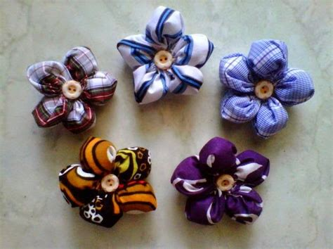 Bros Kain Bunga kerajinan tangan dari barang bekas yang mudah dibuat