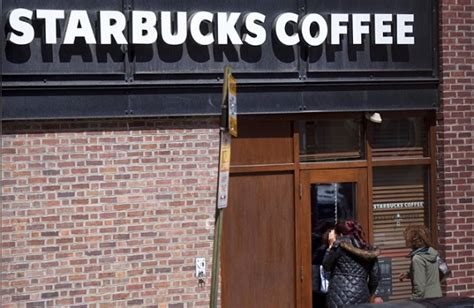 Fave Starbucks Store Closes by Starbucks Closes Stores For Racial Bias About Islam