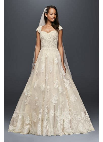 Wedding Hair For Cap Sleeve Dress by Cap Sleeve Lace Wedding Gown With Beading Davids Bridal