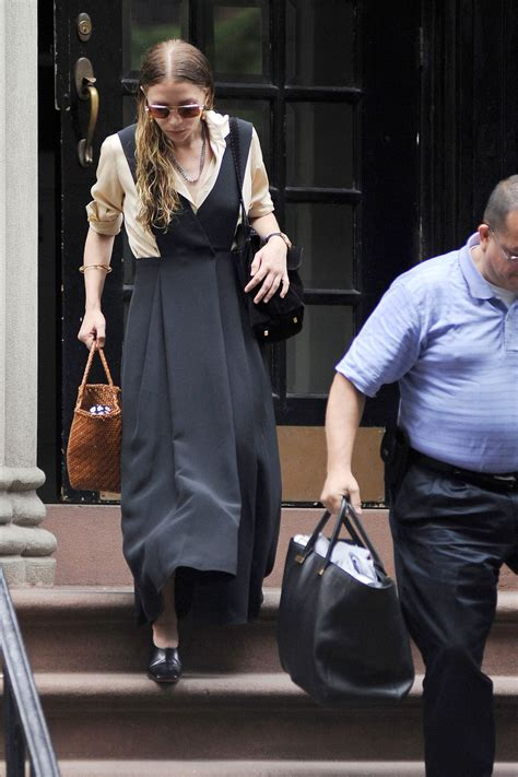 ashley olsen house ashley olsen style leaving her house in nyc july 2015
