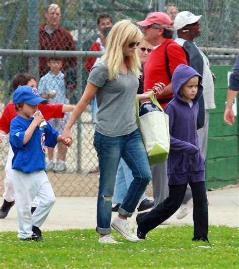 Reese Witherspoon Takes New Puppy Shopping by Reese Witherspoon Takes To Baseball Zimbio