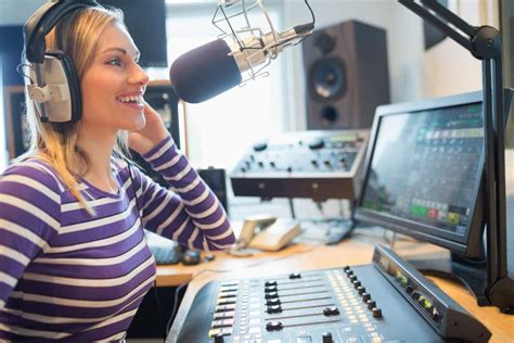 best radio stations the best college radio stations bestcolleges