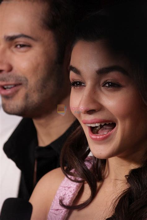 Kb Alia Set alia bhatt varun dhawan promote badrinath ki dulhania on the sets of voice of india on 1st