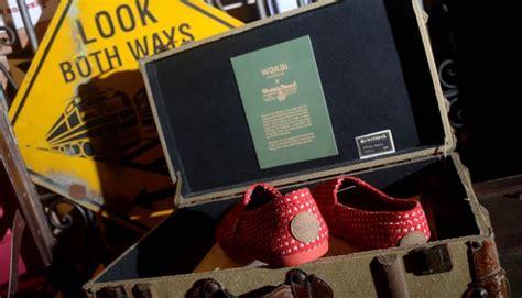 Sepatu Wakai Senayan City wakai toms dan tren sepatu kanvas gaya tempo co