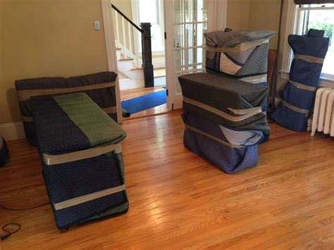 how to wrap a couch for storage reduce the move cost 1 indianapolis movers safe