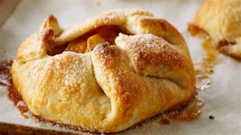 apple recipe apple cinnamon galettes recipes food network uk