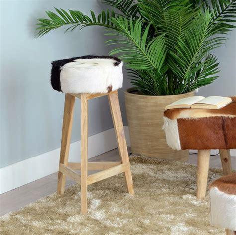 sgabello etnico sgabello legno naturale e pelle mobili etnici coloniale