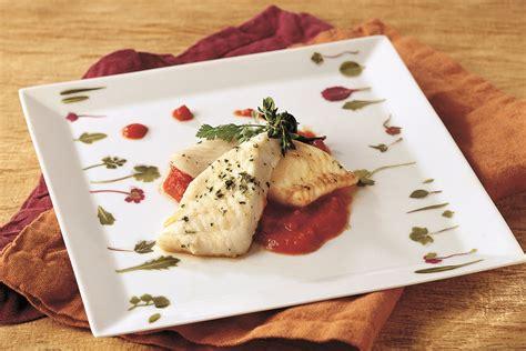 ricette per cucinare il rombo ricetta rombo su salsa al pomodoro le ricette de la