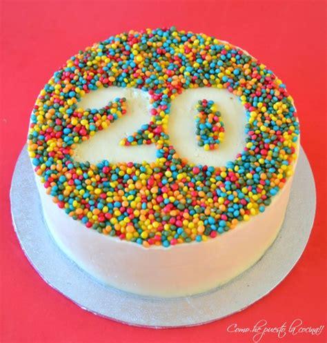 felicitaciones de cumpleanos con torta de colores las 25 mejores ideas sobre tortas decoradas en pinterest