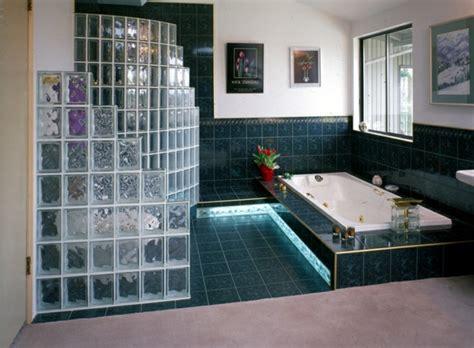 Délicieux Photo Petite Salle De Bain Moderne #7: Magnifique-idée-pour-intérieur-salle-de-bains-brique-de-verre-salle-de-bain-resized.jpg