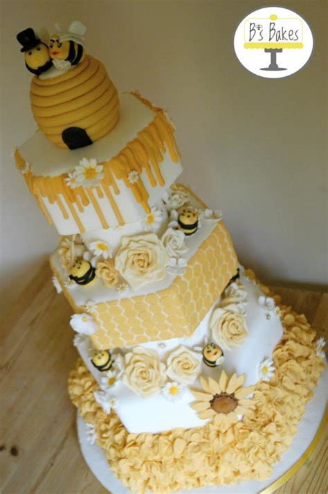 bronze cake international entry bee themed wedding cake cake by b s bakes cakesdecor