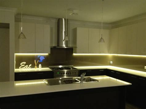 led kitchen lighting ideas 25 best ideas about led kitchen lighting on