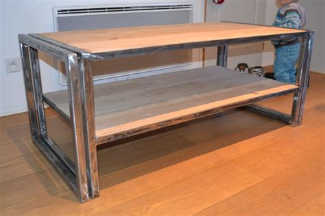 table fer forge plateau bois table basse design renovee bois et fer ezooq