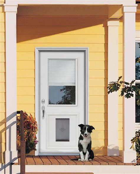 Exterior Doors With Pet Doors Custom Doors With Doggie Door Jeld Wen 174 Steel And Fiberglass Doors With Installed Pet Door