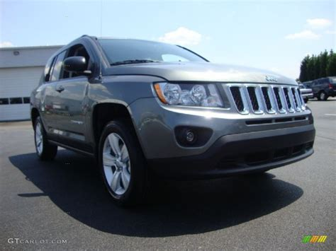 gray jeep compass 2011 mineral gray metallic jeep compass 2 4 4x4 52256207