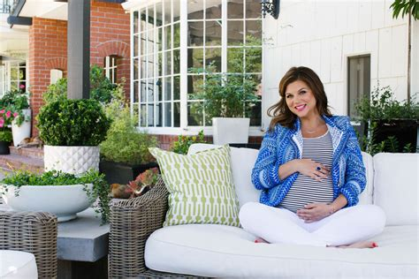 tiffani thiessen home open door policy at home with tiffani thiessen lonny