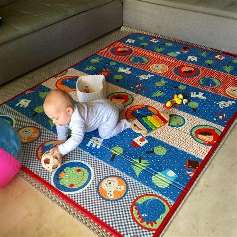 tappeto x bambini tappeto bimbi per gattonare idee per la casa