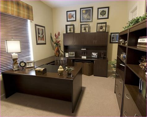 Decorating Ideas For An Office Office Decoration Ideas For Work Home Design Ideas