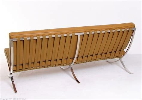 sofa exhibit mies van der rohe exhibition sofa modernclassics com